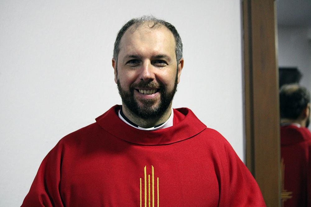 Padre Cássio Selaimen Dalpiaz - Paróquia Nossa Senhor da Esperança - Asa Norte, Brasília/DF